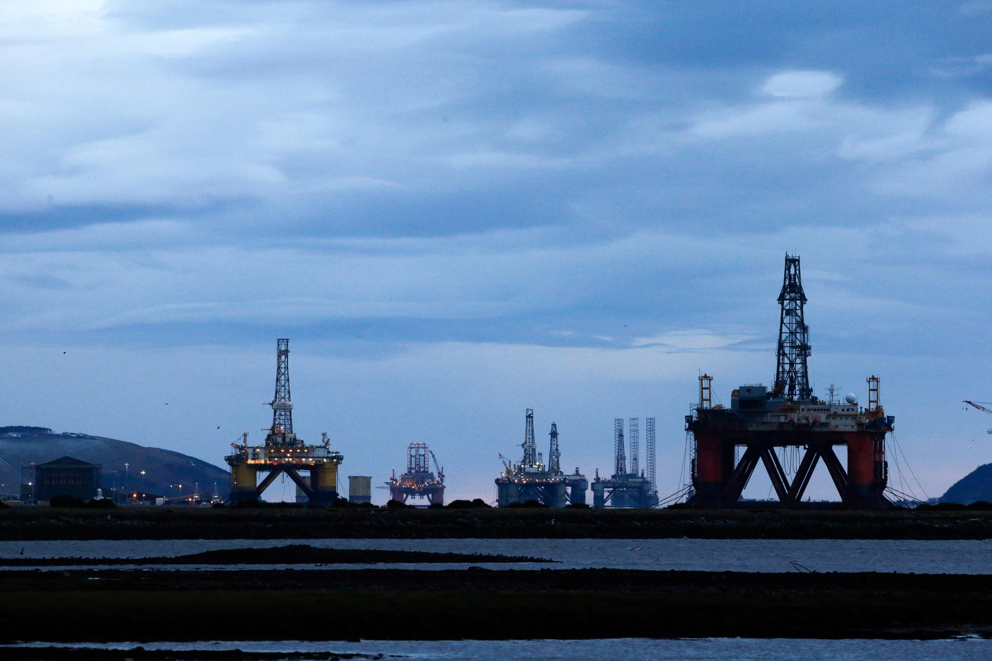 Fuerte aumento del precio del petróleo