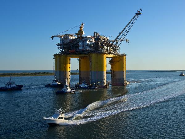 Avanza precio del petróleo por segundo día