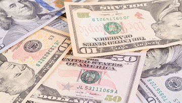 Crisis de la Casa Blanca presiona a las divisas emergentes; USD/MXN repunta antes de Banxico