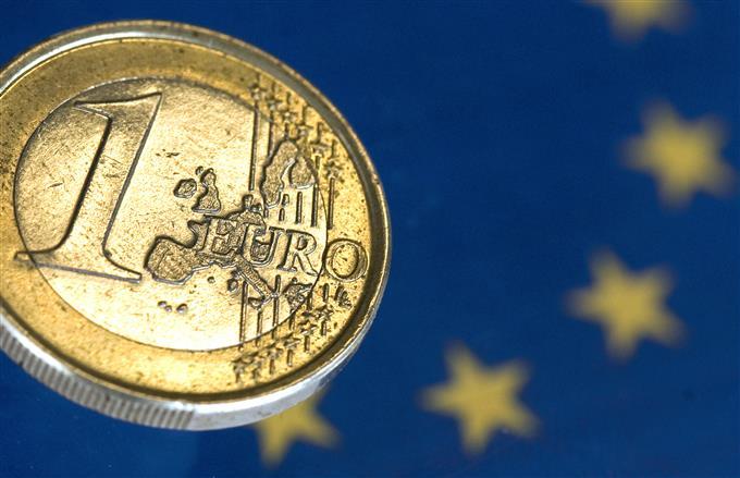 Donald Trump acusa a los europeos de manipular tasas