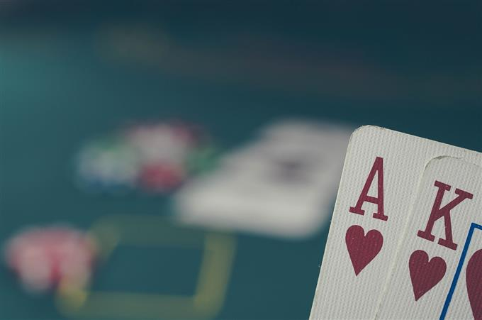 Poker and trading share some similarities