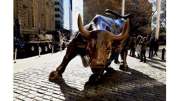 Le S&P 500 marque des nouveaux sommets grâce au pétrole et aux banques