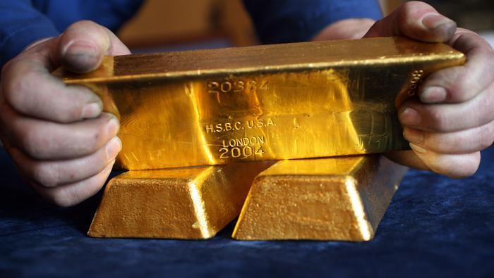 Precio del oro se hunde por búsqueda de liquidez y registra su peor semana desde 2013