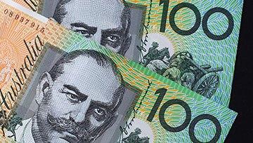 Australischer Dollar: Marktteilnehmer preisen Zinschritte aus