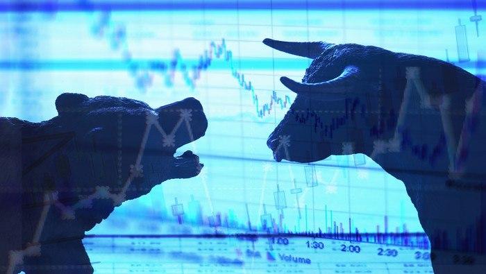 S&P 500: Trump y el COVID-19 golpean a Wall Street. ¿Venda en mayo y evite el daño?