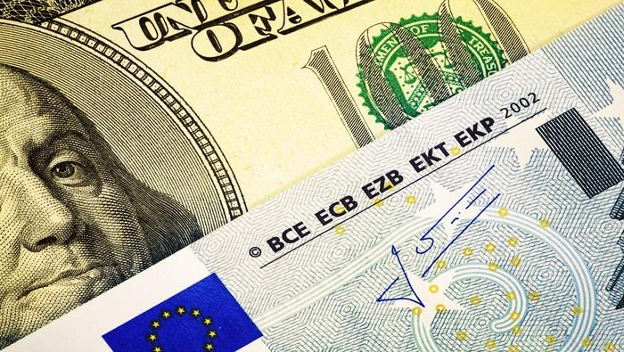 EUR/USD cae como yunque y marca un nuevo mínimo anual. ¿Qué dicen los traders de forex?