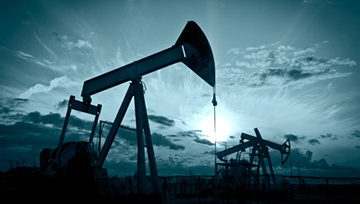 Precio del petróleo en conflicto, precio del oro desafía soporte clave