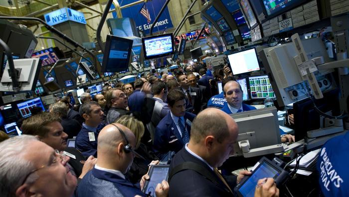 S&P 500 sucumbe ante las presiones vendedoras evocadas por el frente social / político