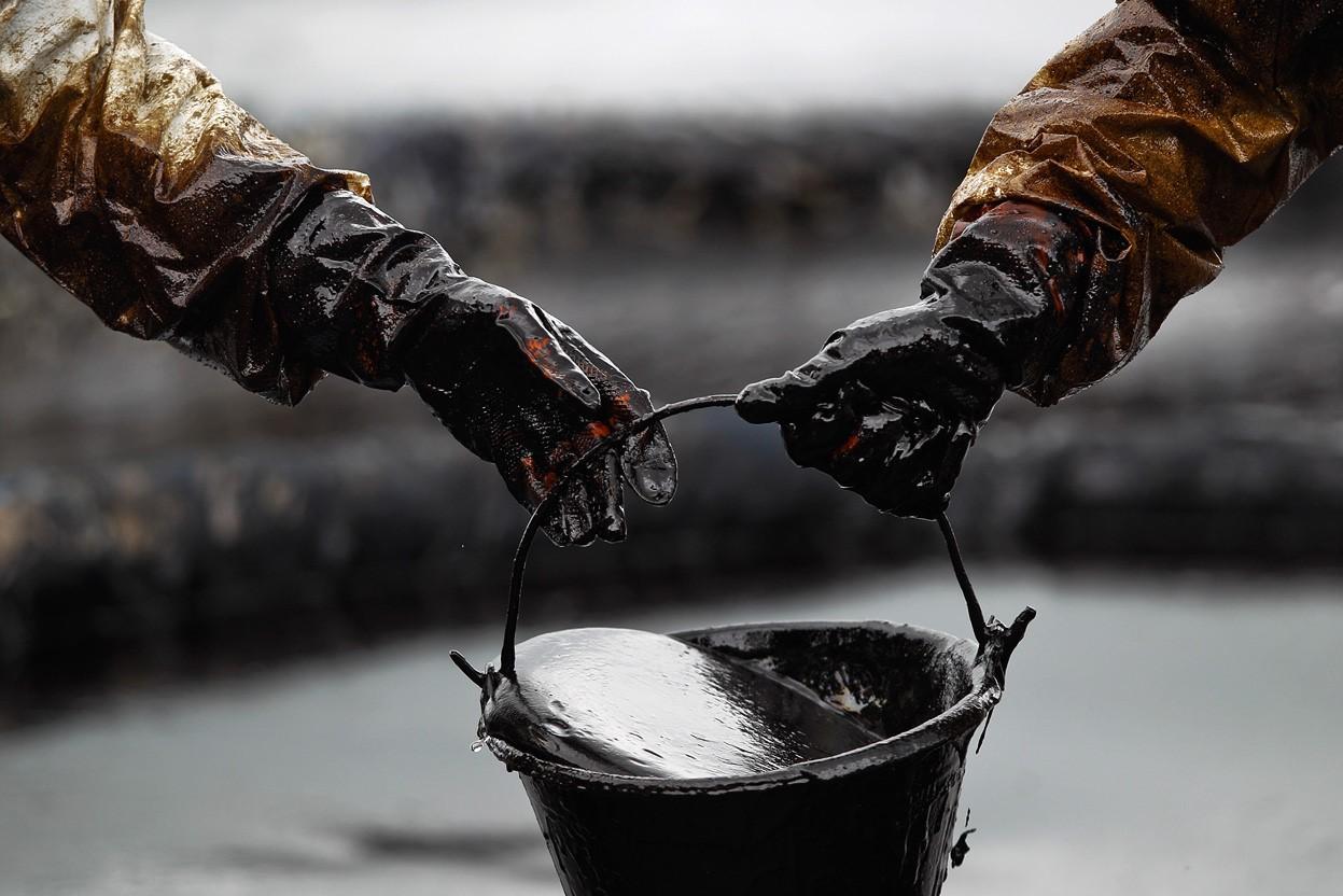 Petróleo alcanza un nuevo máximo anual en $48.39 - ¿Logrará los 50 esta semana?