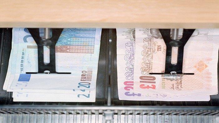 Idea de trading: Largo EUR/GBP en zona de mínimos de julio con la vista puesta en 0.9148