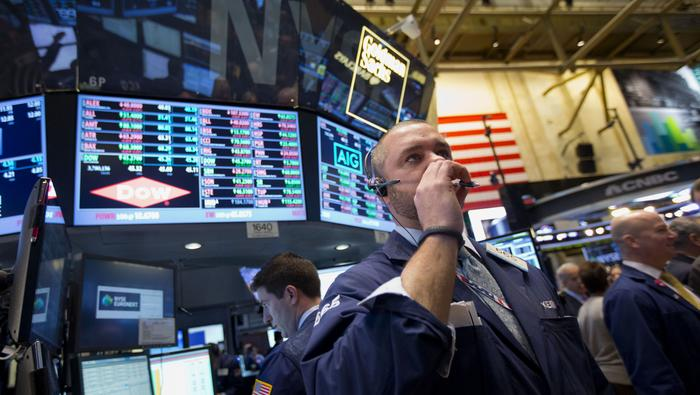 Dow Jones Lurking Off Record Highs and Currency Volatility Quiet Ahead of Holiday Week