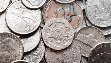 Plata se mantiene rezagada ante el oro ¿Qué esperar para este metal precioso?