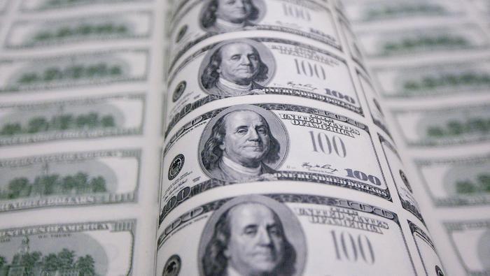 Dólar frena en resistencia técnica clave y gira a la baja hacia su media móvil de 200 días