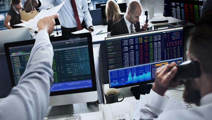 Bourse : résultats d'entreprises – EUR/USD : l'euro reprend de la hauteur