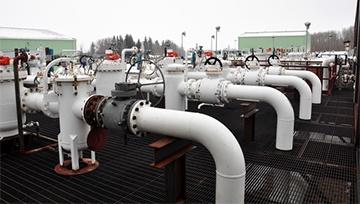 Precio del petróleo aumenta en base a inventarios, nuevos reportes pueden cambiar el rumbo
