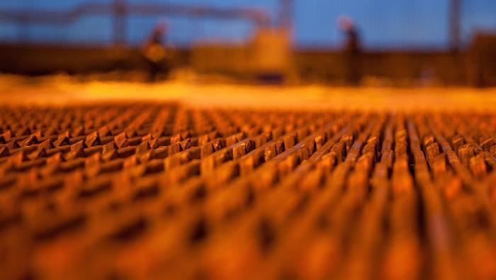 El precio del cobre renueva máximos de 7 años, pero da señales de agotamiento