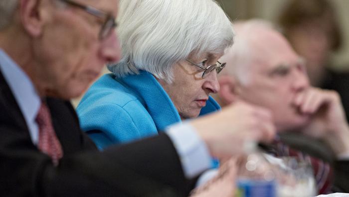 Cómo impactan los bancos centrales al mercado forex