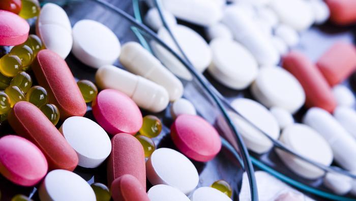 Nasdaq Trails S&P 500 On Another Monday Vaccine Headline, EURUSD Fundamental Crossroads