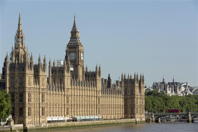Theresa May échoue à convraincre les conservateurs de soutenir ses propositions du Brexit.