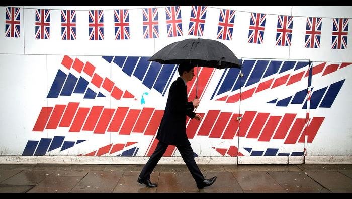 British Pound Forecast: GBP/USD at Work Building Bullish Pattern