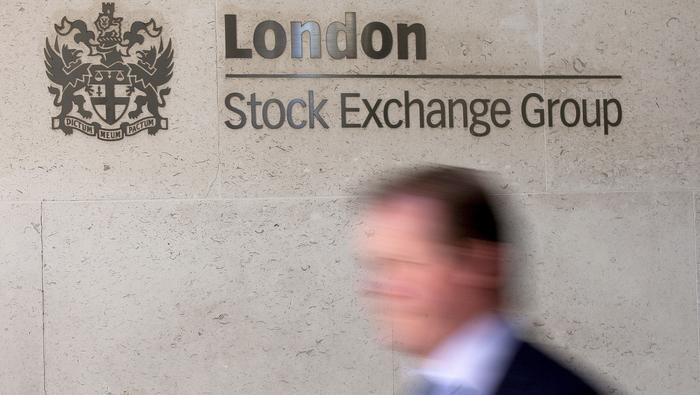 FTSE 100 Forecast: Holding Steady Mid-Range, Bond Yields Rise Again