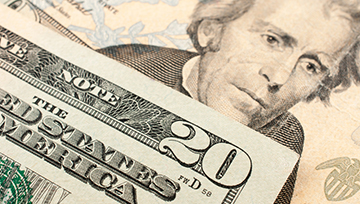Dollar Swings Keep to Range, Pushing Quiet to Its Breaking Point