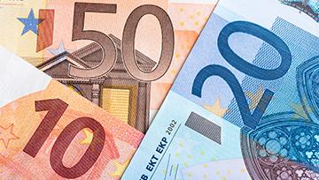 EUR/USD inicia la semana con una fuerte baja golpeado por el referendo Catalán