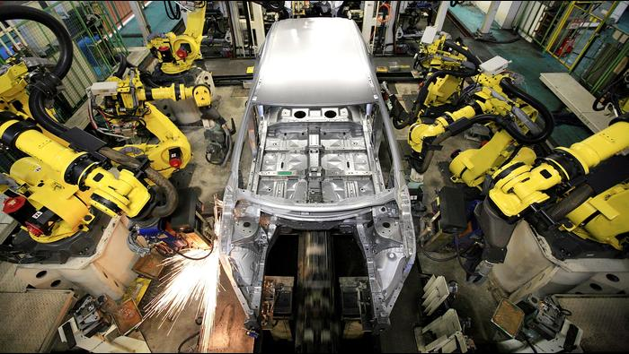 U.S. Manufacturing Cools but Stays on Growth Path, Dollar Ticks Higher as NFP Comes in Focus