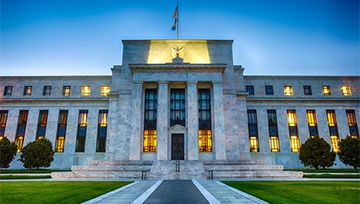 USD Undecided After Fed Hikes Rates to 2.00%-2.25%, Powell Speech