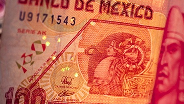 Peso Mexicano operando por cuarta semana consecutiva en terreno negativo