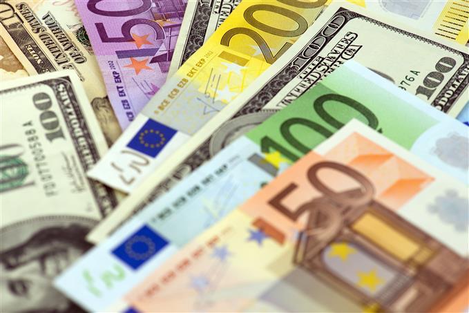 Grafic monedă EUR/USD | Tranzacționați acum
