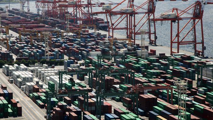 Caterpillar's Asia Warning Shows US-China Trade War Now Bites Deep