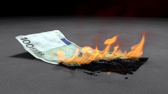 Euro hoy: EUR/USD despide septiembre con mala cara y activa una fuerte señal bajista