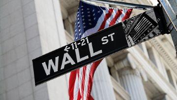 "Wall Street colapsa de nuevo; la Bolsa de Nueva York vive un ""Jueves Negro"""