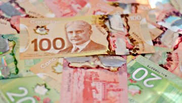 BoC Governor Triggers USDCAD Bears' Fears, Sparks 1.2400 Break