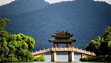 Asian Stocks Mixed Despite Stronger China Growth, USD Steady