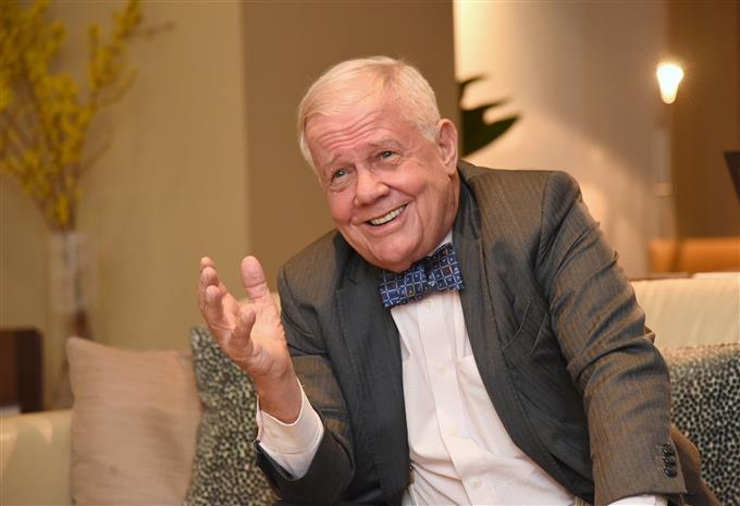 Jim Rogers on US Economic Crisis, Gold & Bitcoin | Podcast