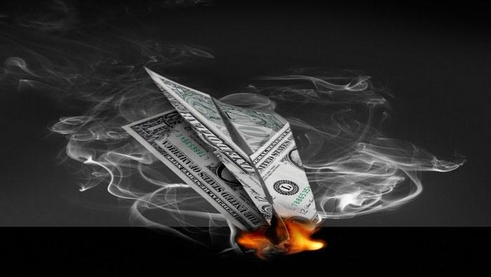 El dólar se hunde y pone a prueba una zona de soporte crucial. ¿Qué indica el análisis técnico?