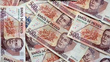 Peso Mexicano falla en mantener avances frente al Dólar Estadounidense