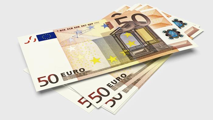 EUR/NZD recula y se encuentra a pasos de una línea de tendencia de soporte extendida desde enero