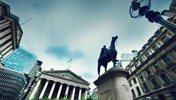 Banco de Inglaterra mantiene tasa de interés en 0.50%