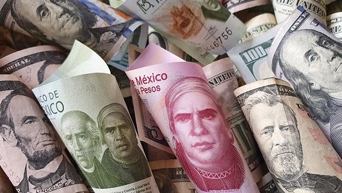 Peso mexicano inicia semana con ligeras ganancias, pero no saca mucho partido al apetito de riesgo