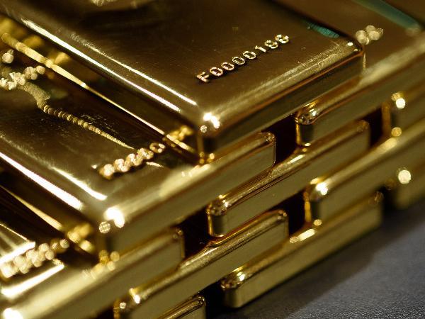 BG_resized_gold_2161981981.jpg