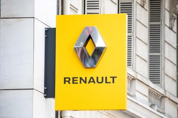 Renault logo before proposed merger with Fiat Chrysler
