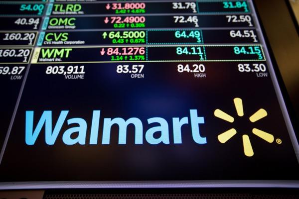 Walmart logo after Walmart Q1 earnings