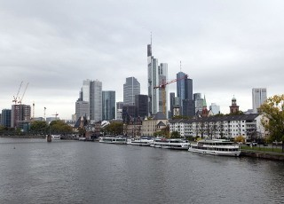 bg_frankfurt_financial_district_1530935