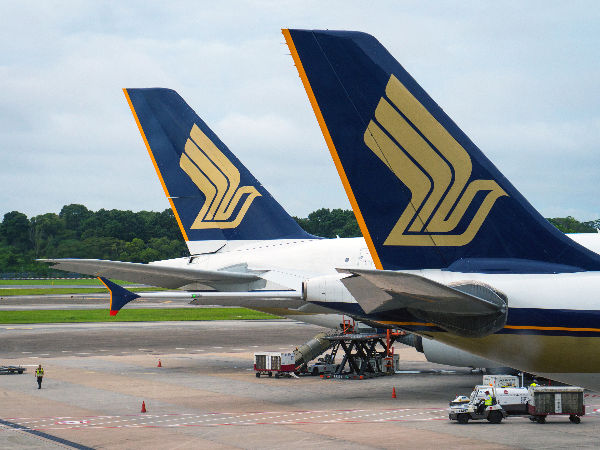Singapore Airlines share price: a preview of Q3 earnings