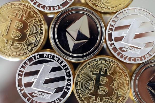 top 10 cryptocurrency coins