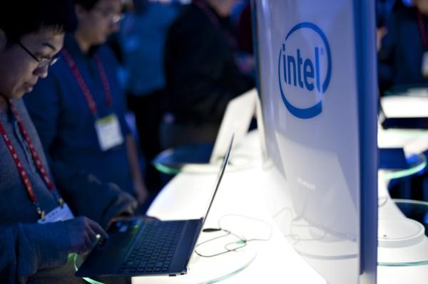 Intel logo after Intel hires new CEO