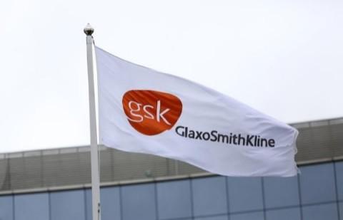 GlaxoSmithKline share price down 2% despite shingles vaccine